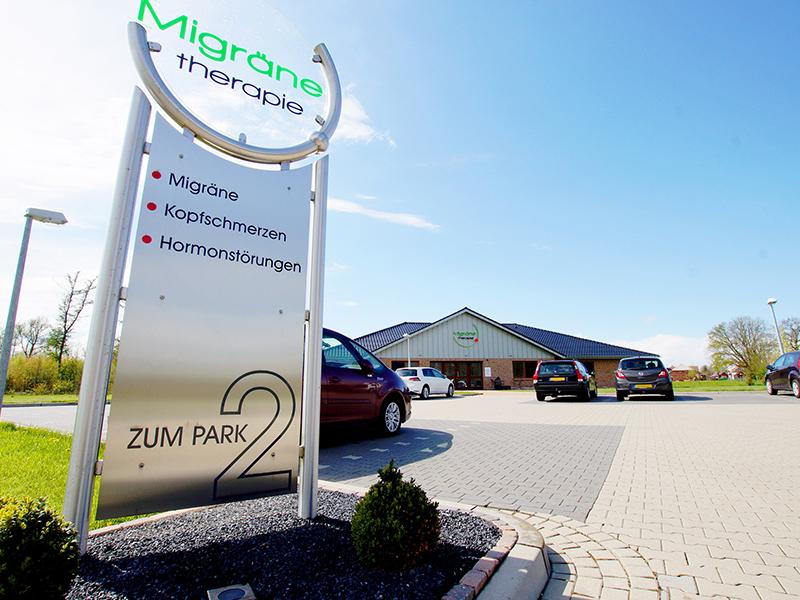 Foto vom Parkplatz unserer Migräne-Praxis.